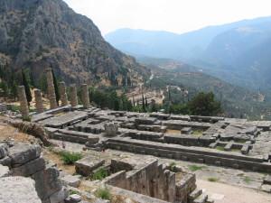Delphi_Apollo_Temple